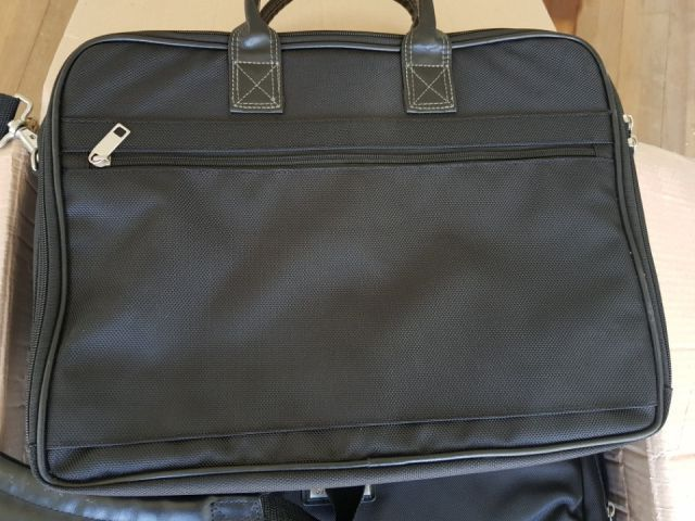 27178 - Samsung laptop bag 13,000pcs KOREA
